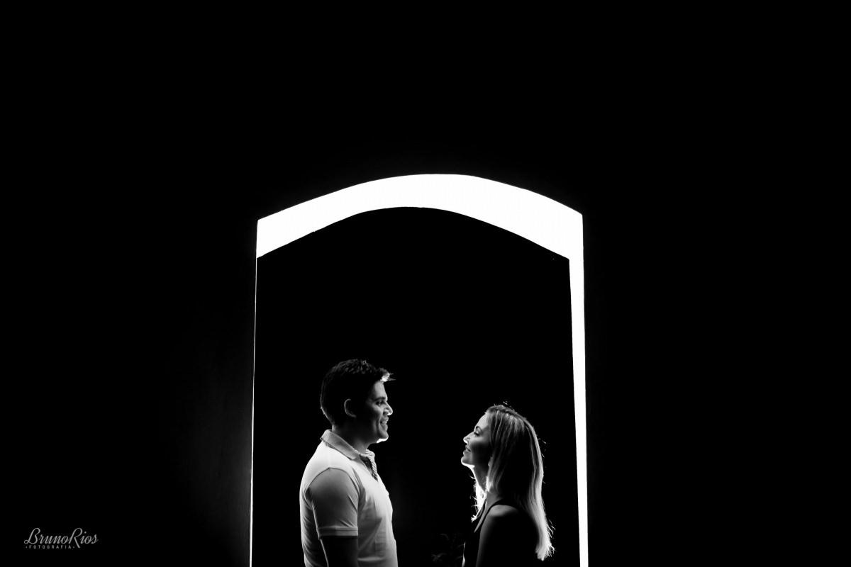 ensaio casal - Ana e Franklin - Paraíso na Terra - peb - p&b - petro e branco