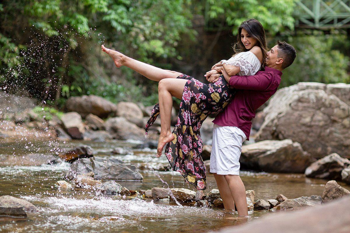 ensaio casal salto do itiquira natureza cachoeira