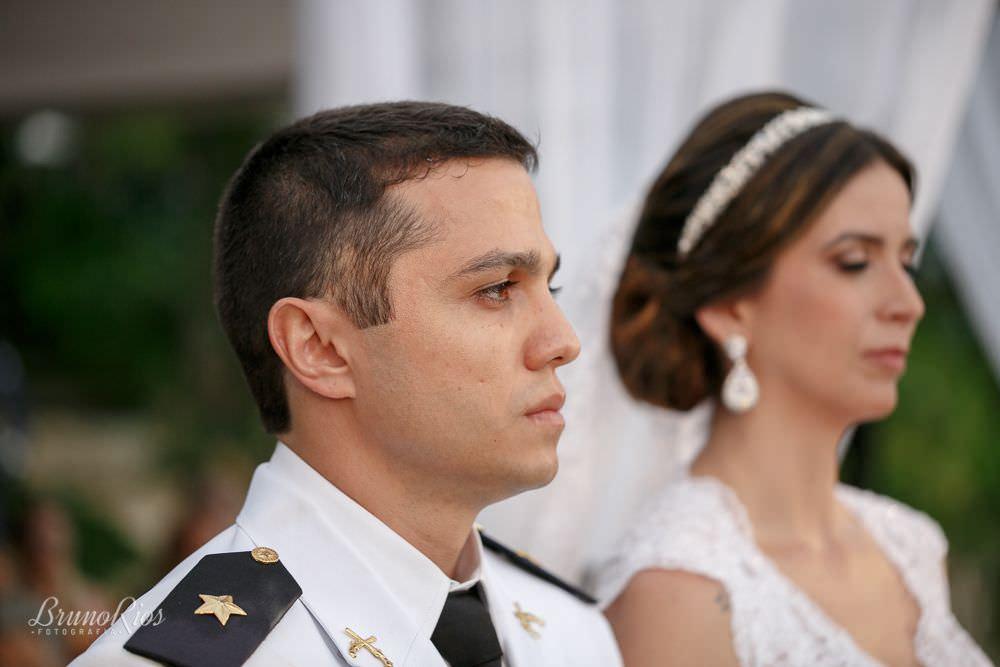 noivo casamento gabriela e andre no farol do cerrado - fotografia de casamento em brasilia - bruno rios fotografia - brunoriosfotografia