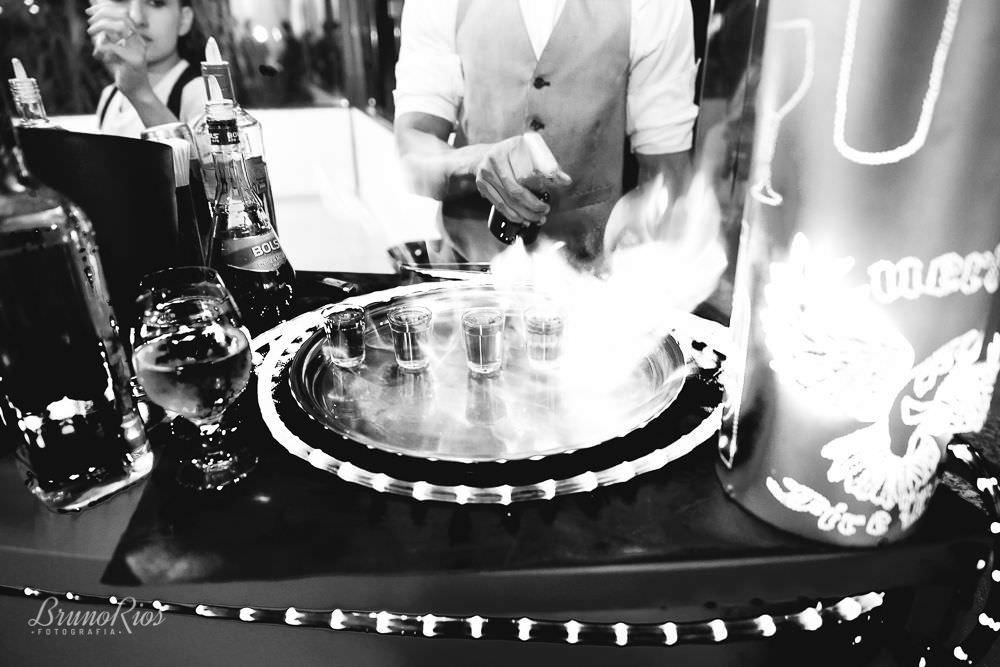 bebidas, drinks casamento gabriela e andre no farol do cerrado - fotografia de casamento em brasilia - bruno rios fotografia - brunoriosfotografia